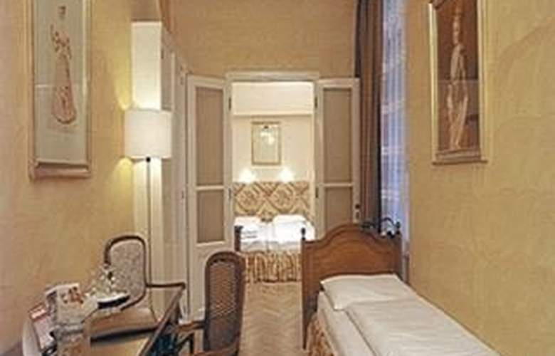 Top Hotel Papageno - Room - 1