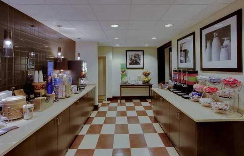 Hampton Inn Richmond-West - Hotel - 10