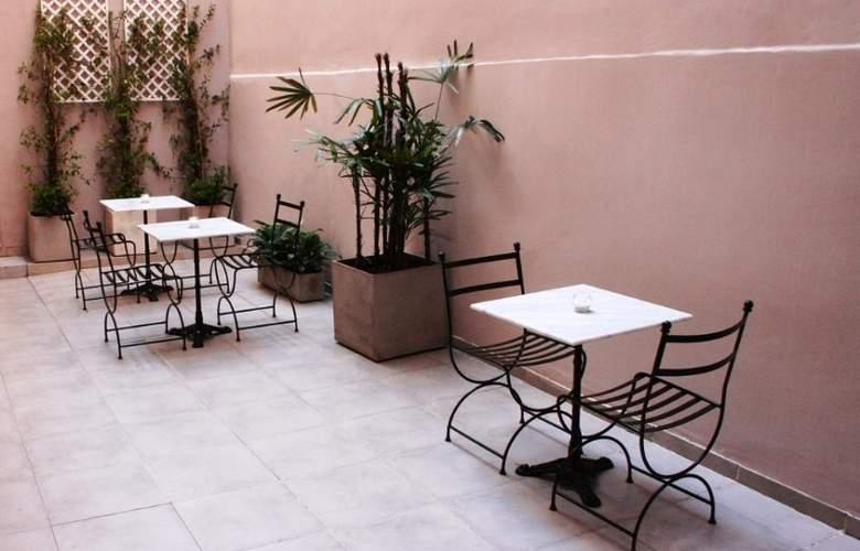 Hotel De la Ville - Hotel - 1