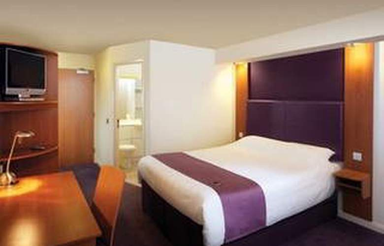 Premier Inn London Hammersmith - Room - 1