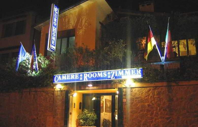 Eurohome - Hotel - 0