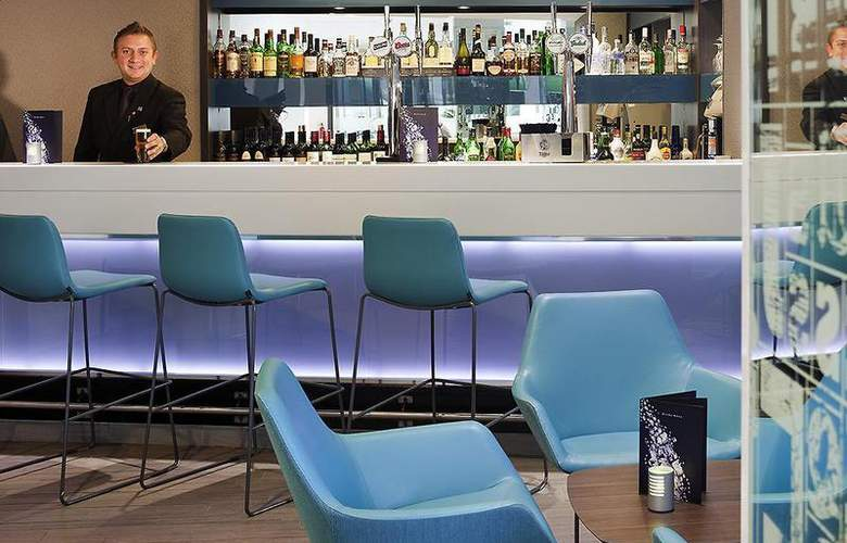 Novotel Leeds Centre - Bar - 58