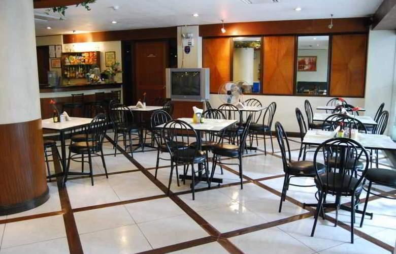 Paragon Suites - Restaurant - 19