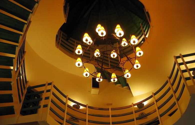 Kerame Hotel & Studios - Restaurant - 47