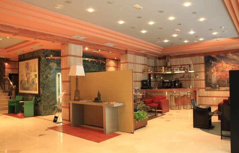 Hotel Sercotel Ciudad de Oviedo - General - 5