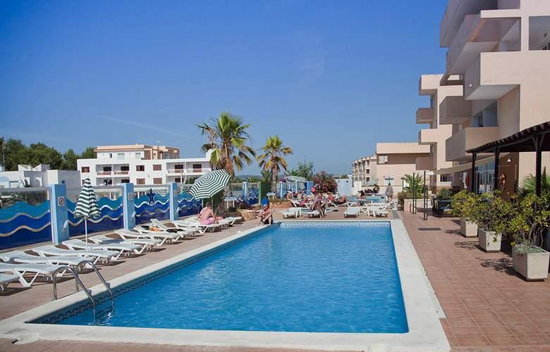 Blue Star Apartamentos - Pool - 22