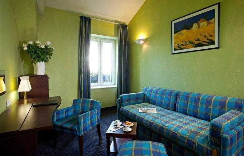 Best Western Hotel Crystal - Hotel - 7