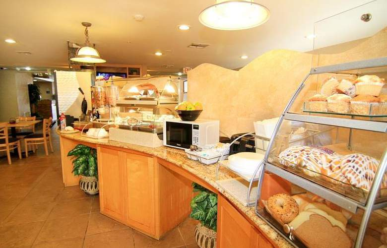 North Las Vegas Inn & Suites - Restaurant - 63