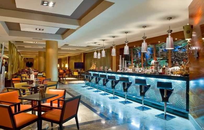 Elba Costa Ballena Beach & Thalasso Resort - Bar - 16
