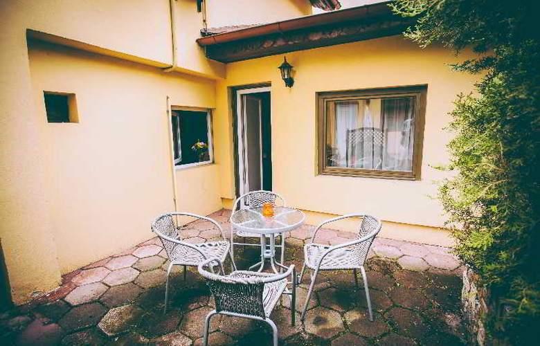 Deja Vu Villa - Terrace - 24