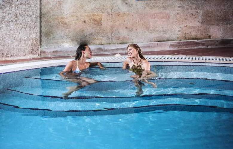 Cappadocia Cave Resort & Spa - Pool - 43