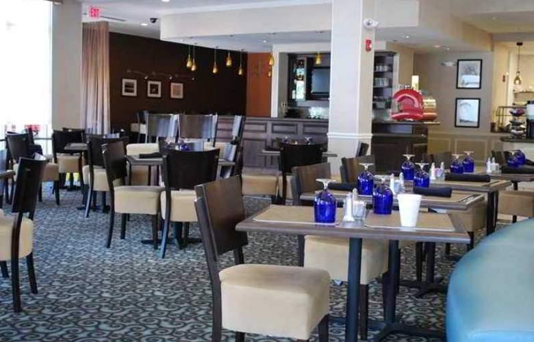 Hilton Garden Inn Lynchburg - Hotel - 10