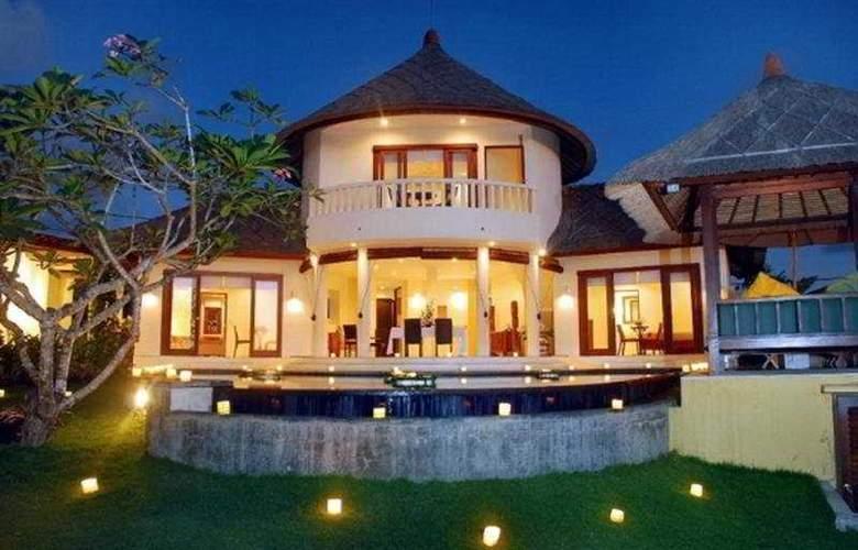 Frangipani Beach Villa - Hotel - 0