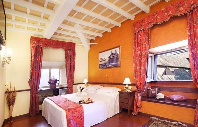 Pantheon Inn - Room - 0