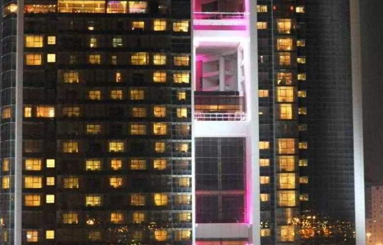 Grand Millennium Dubai - Hotel - 3