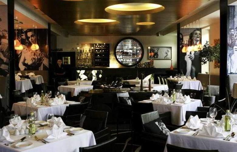 Amberton Cathedral Square Hotel Vilnius - Restaurant - 9