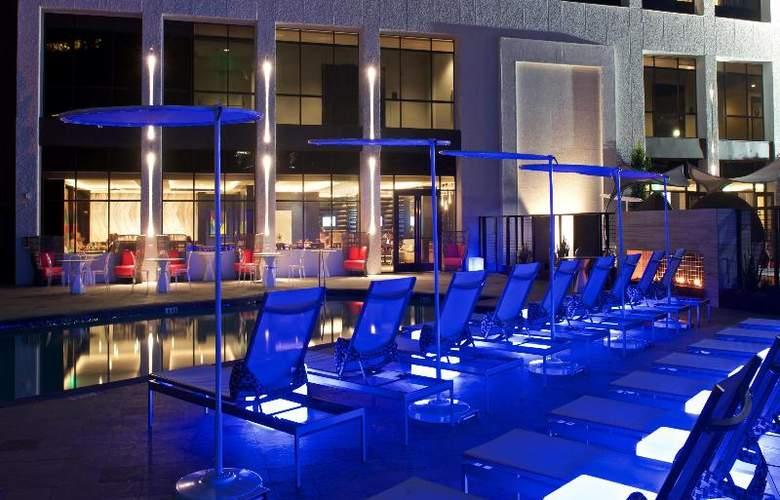 Beverly Hills Marriott - Pool - 36
