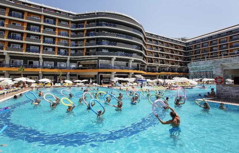 Zen The Inn Resort & Spa - Hotel - 0