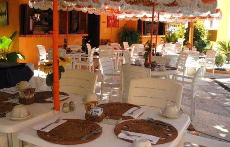 Villas Miramar - Restaurant - 8