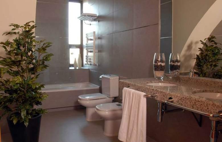 Hospes Palacio de Arenales - Room - 17