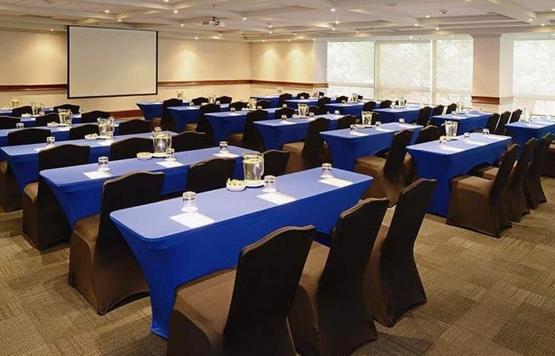 Plaza El Bosque Ebro - Conference - 19