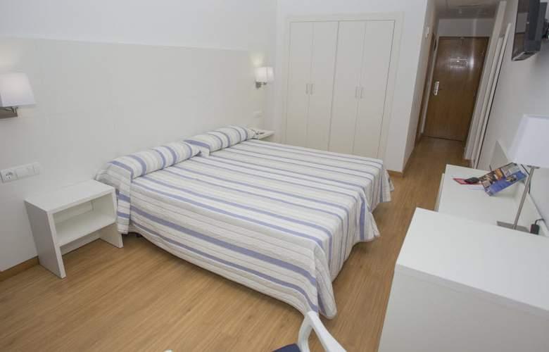 Voramar - Room - 2