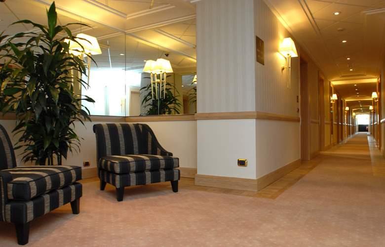 Grand Hotel Duca Di Mantova - Hotel - 11