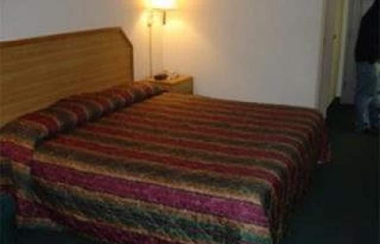 Americas Best Value Inn Chattanooga - Room - 2