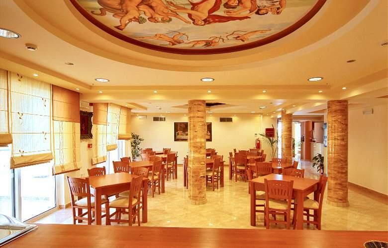 Pelopas Resort - Hotel - 0