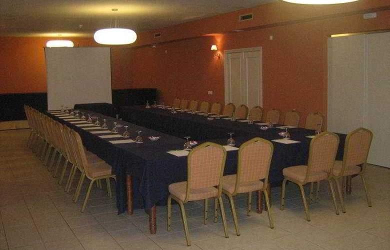Santiago Apostol - Conference - 15