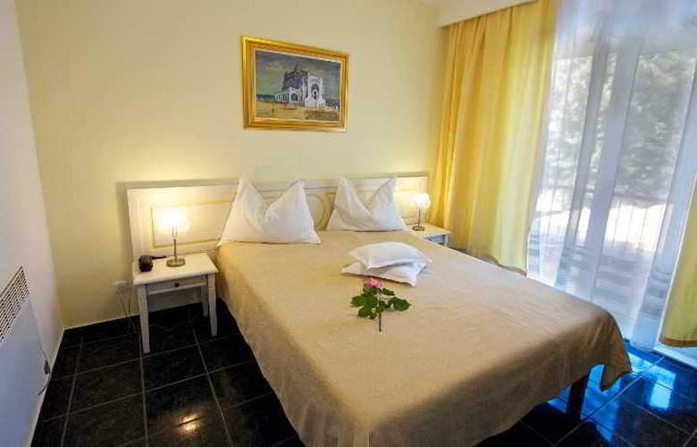 Central Mamaia - Room - 8