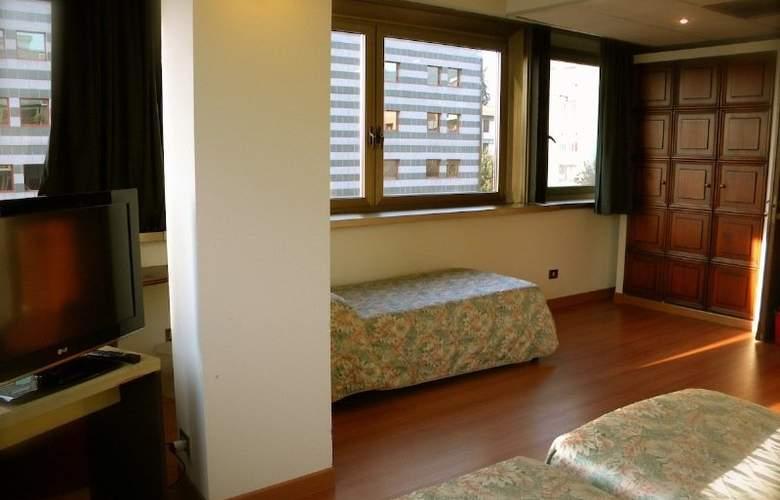 President Prato - Room - 5