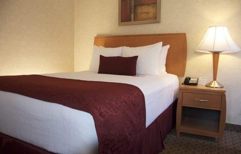 Best Western Plus Innsuites Phoenix Hotel & Suites - Room - 62
