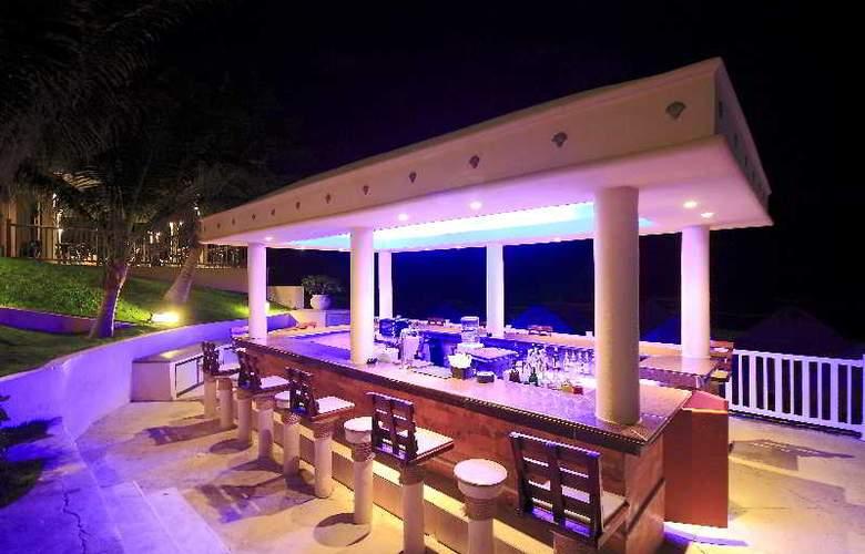 Golden Parnassus Resort & Spa All Inclusive - Bar - 17