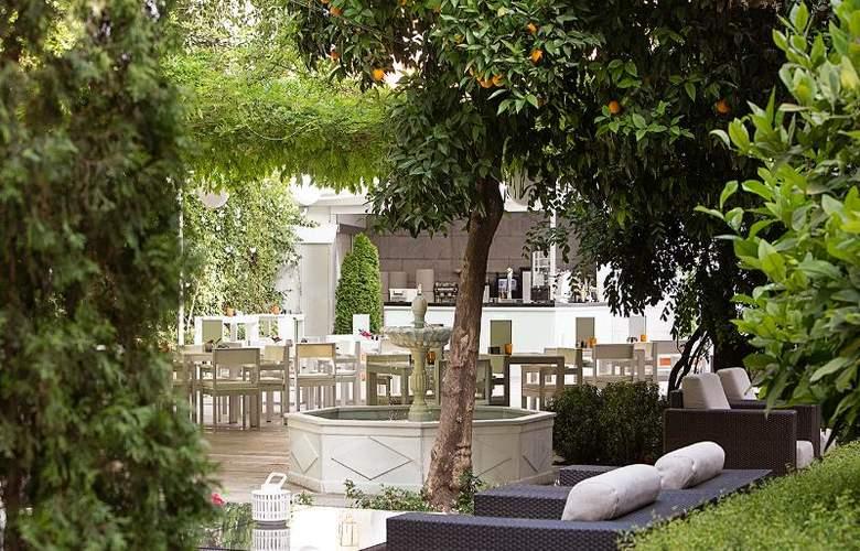 Hospes Palacio de los Patos - Terrace - 25