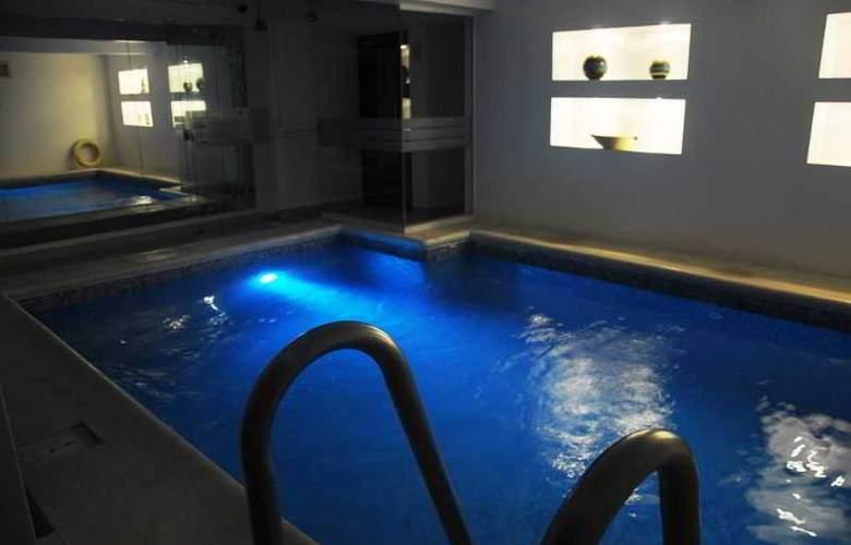 Romimar Hotel - Pool - 1