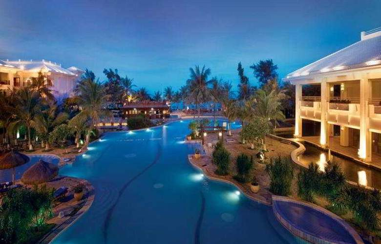 HNA Beach & Spa Resort - Pool - 6