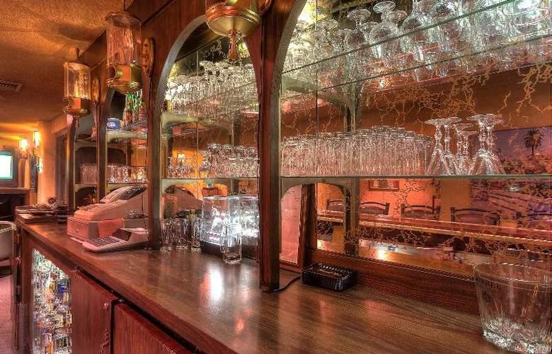 Dunes Inn - Sunset - Bar - 6