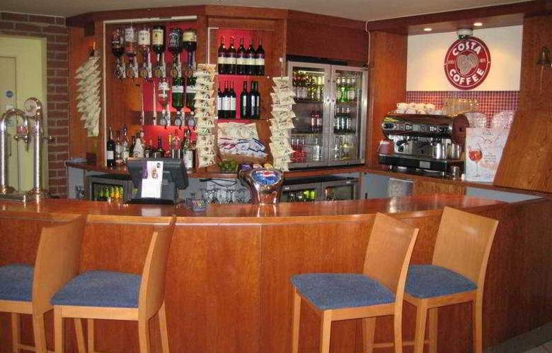 Premier Inn London Elstree - Bar - 4