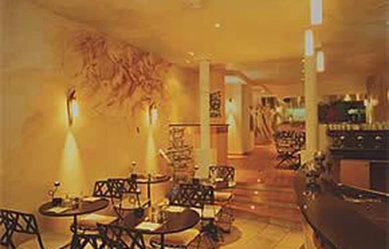 Grand Hotel Du Calvados - Hotel - 1