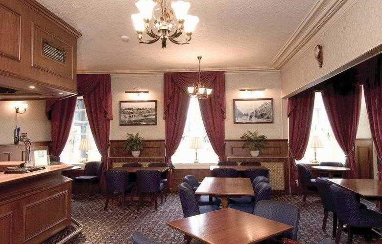 Best Western Burnett Arms - Hotel - 2