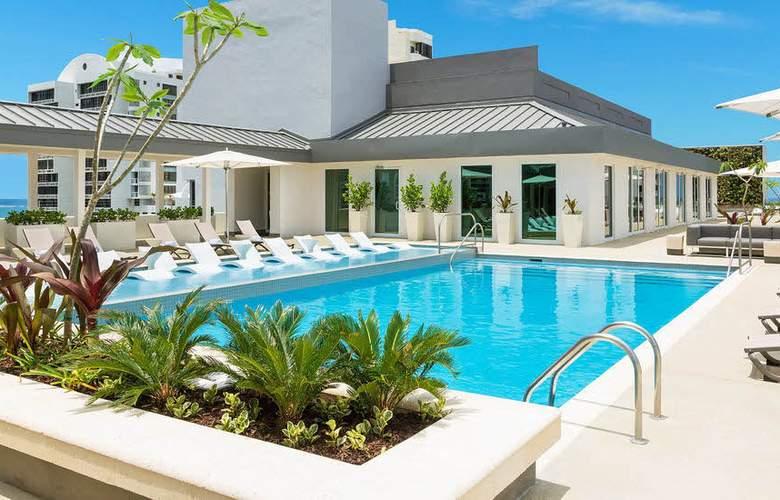 AC San Juan Condado - Pool - 3