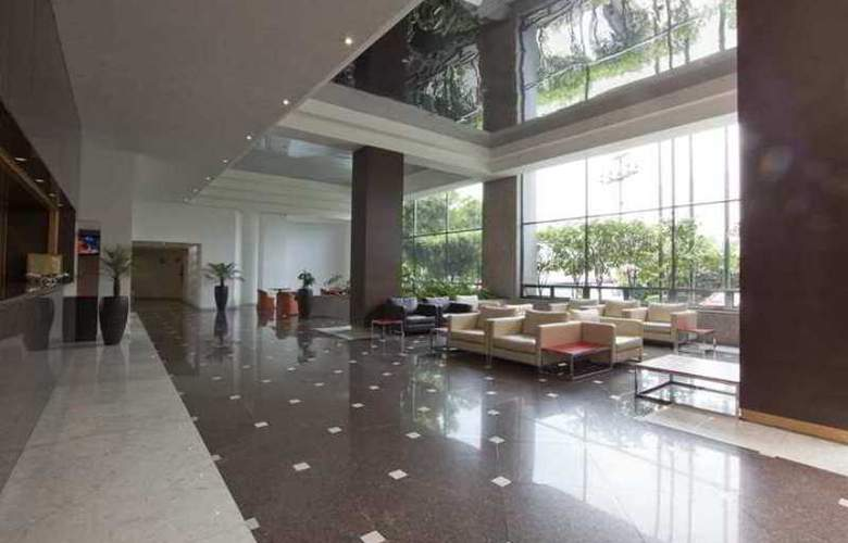 Krystal Urban Aeropuerto Ciudad de México - Hotel - 3