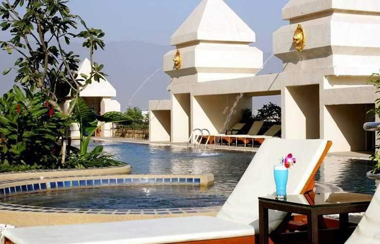 Centara Duangtawan Hotel Chiang Mai - Pool - 7