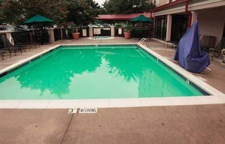 Hampton Inn & Suites Concord/Charlotte - Hotel - 11
