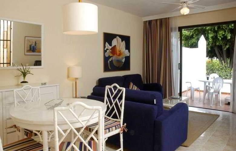 Select Sunningdale - Room - 6