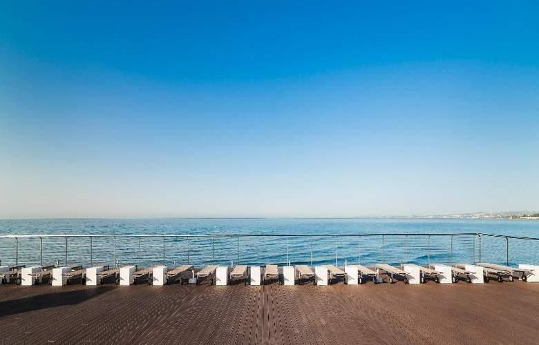 Globales Playa Estepona - Beach - 41
