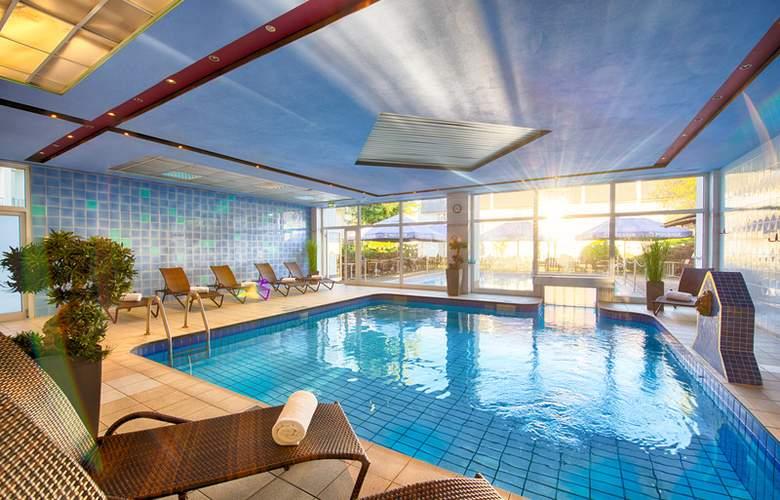 Leonardo Hotel Düsseldorf Airport – Ratingen - Pool - 10