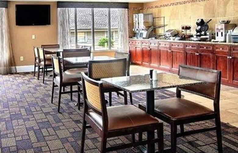 Quality Inn & Suites, Greenville - Restaurant - 2