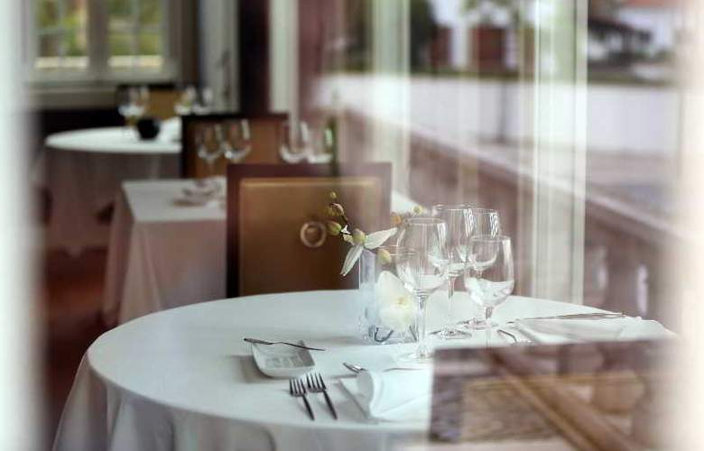 Palace Hotel Monte Real - Restaurant - 18